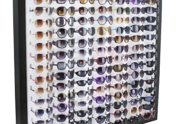 ME052 – Expositor de parede para 119 óculos