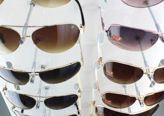 ME122 – Expositor de chão para 30 óculos