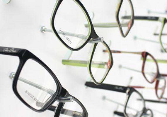ME151 – Expositor de parede para 60 óculos
