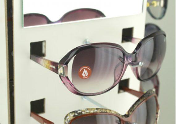 ME157 – Expositor giratório de balcão para 20 óculos