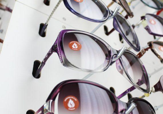 ME159 – Expositor giratório de chão para 120 óculos