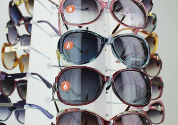 ME162 – Expositor de balcão giratório para 33 óculos